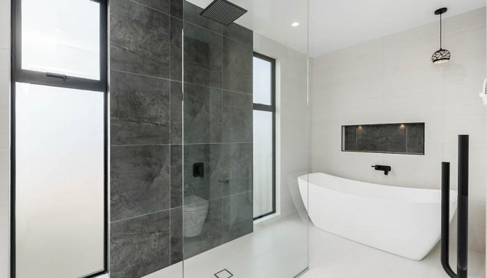 25 Matipo Street Wanaka Bathroom 1